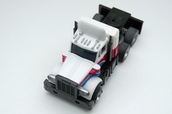 AURORA AFX Peterbilt Truck gelaugt weiß-blau-rot