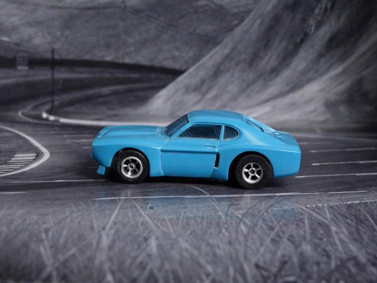 AURORA AFX Ford Capri RS 2600 blau