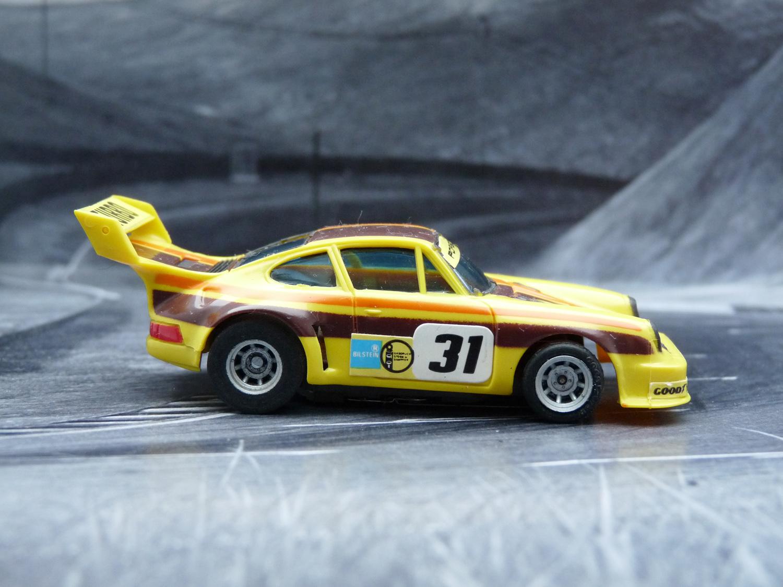 AURORA AFX Porsche 934 RSR gelb/braun/orange #31