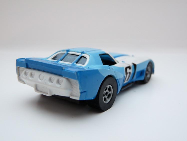 AURORA AFX Corvette GT weiß/blau/hellblau #6