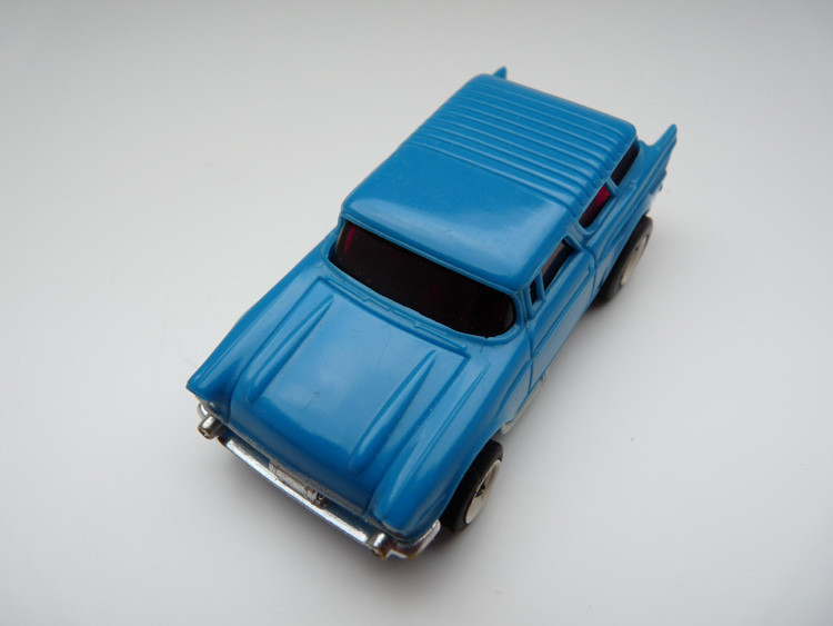 AURORA AFX '57 Chevy Nomad blau/weiße side pipes