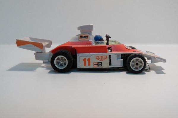 AURORA AFX G-Plus McLaren F1 weiß / hell pink Texaco #11