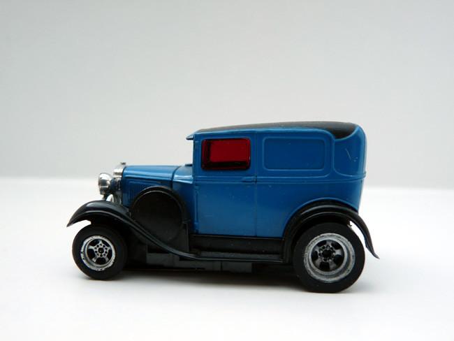 """AURORA AFX Ford Panel Model """"A"""" blau / schwarz"""