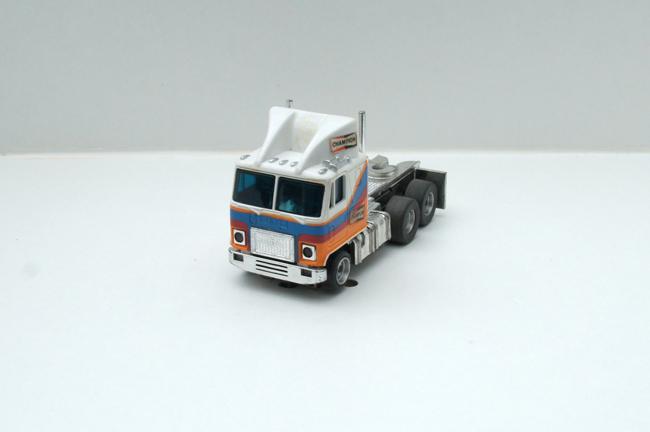 AURORA AFX GMC Astro 95 Cab Truck weiß/blau/rot/orange