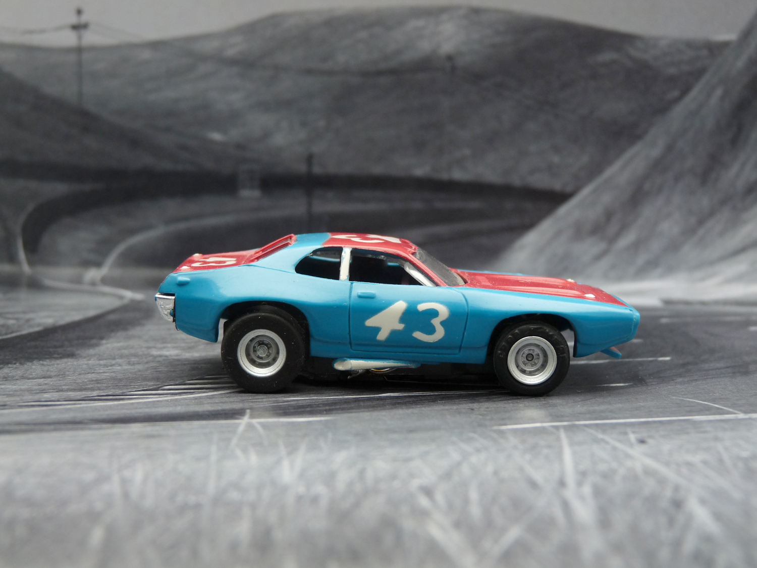"""Plymouth Road Runner Stock Car """"blue nose"""""""