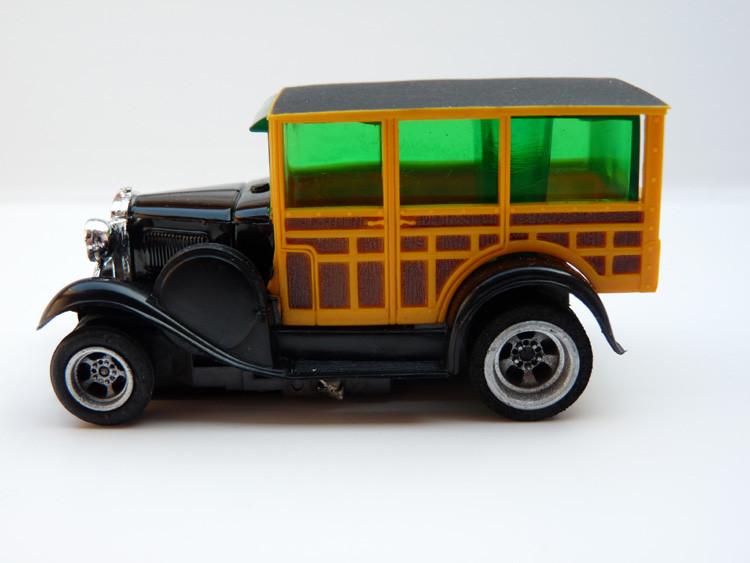 AURORA AFX '29 Ford Woodie