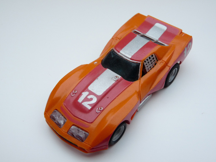 AURORA AFX Corvette GT orange/rot/silber #12