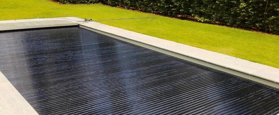 volets solaires polycarbonate pour piscine mattimmo. Black Bedroom Furniture Sets. Home Design Ideas