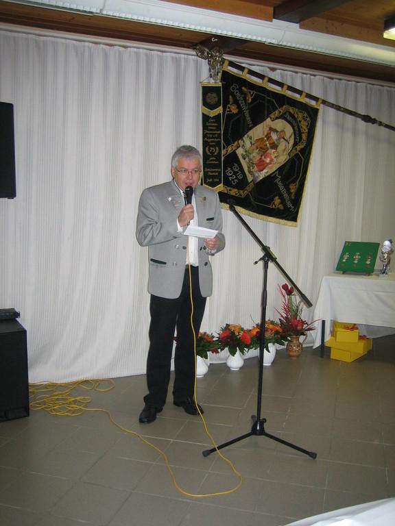 Begrüßung durch Vorstand Richard Schmiederer