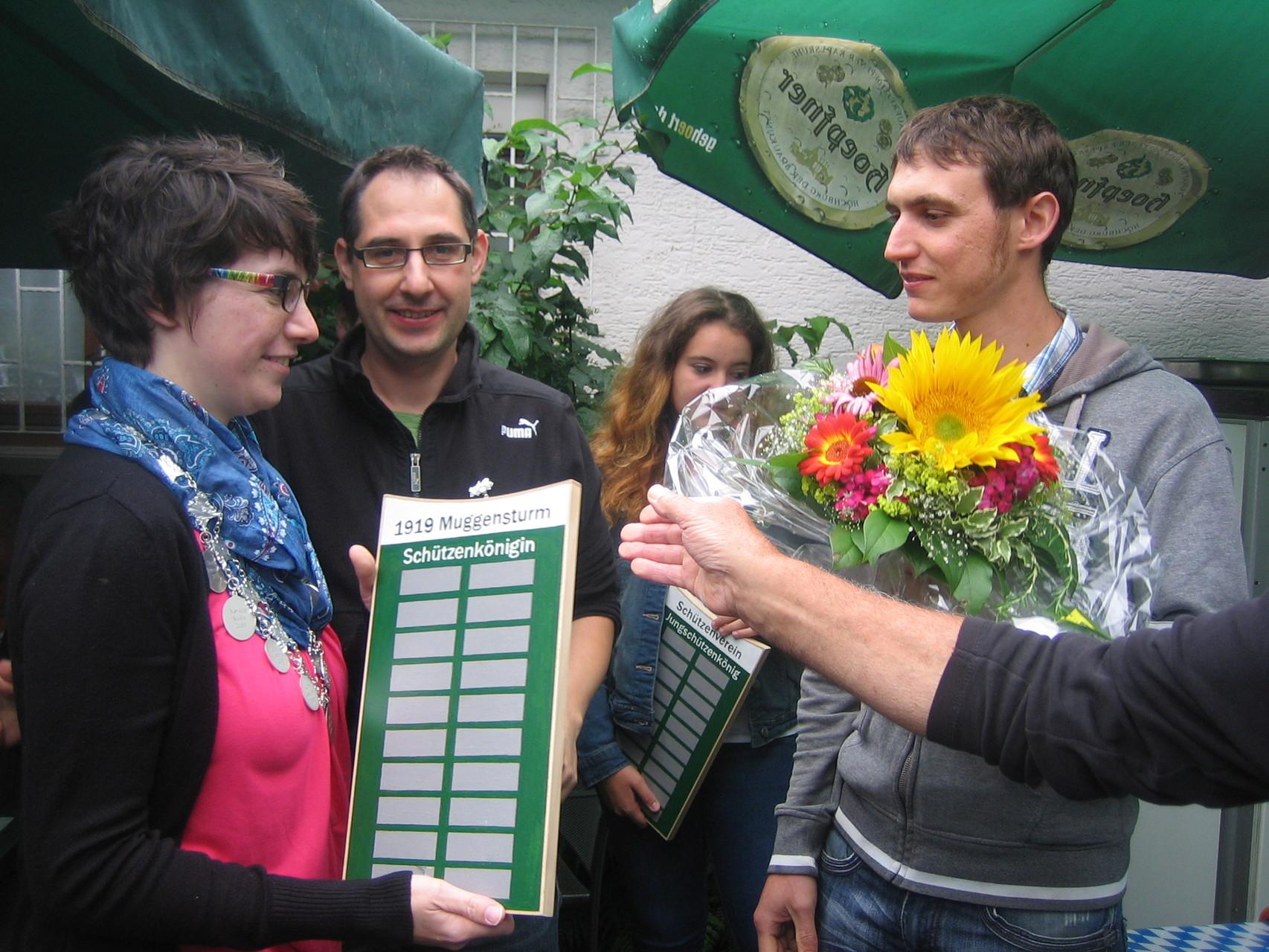 Proklamation der Königsfamilie: Schützenkönigin Kerstin Huber