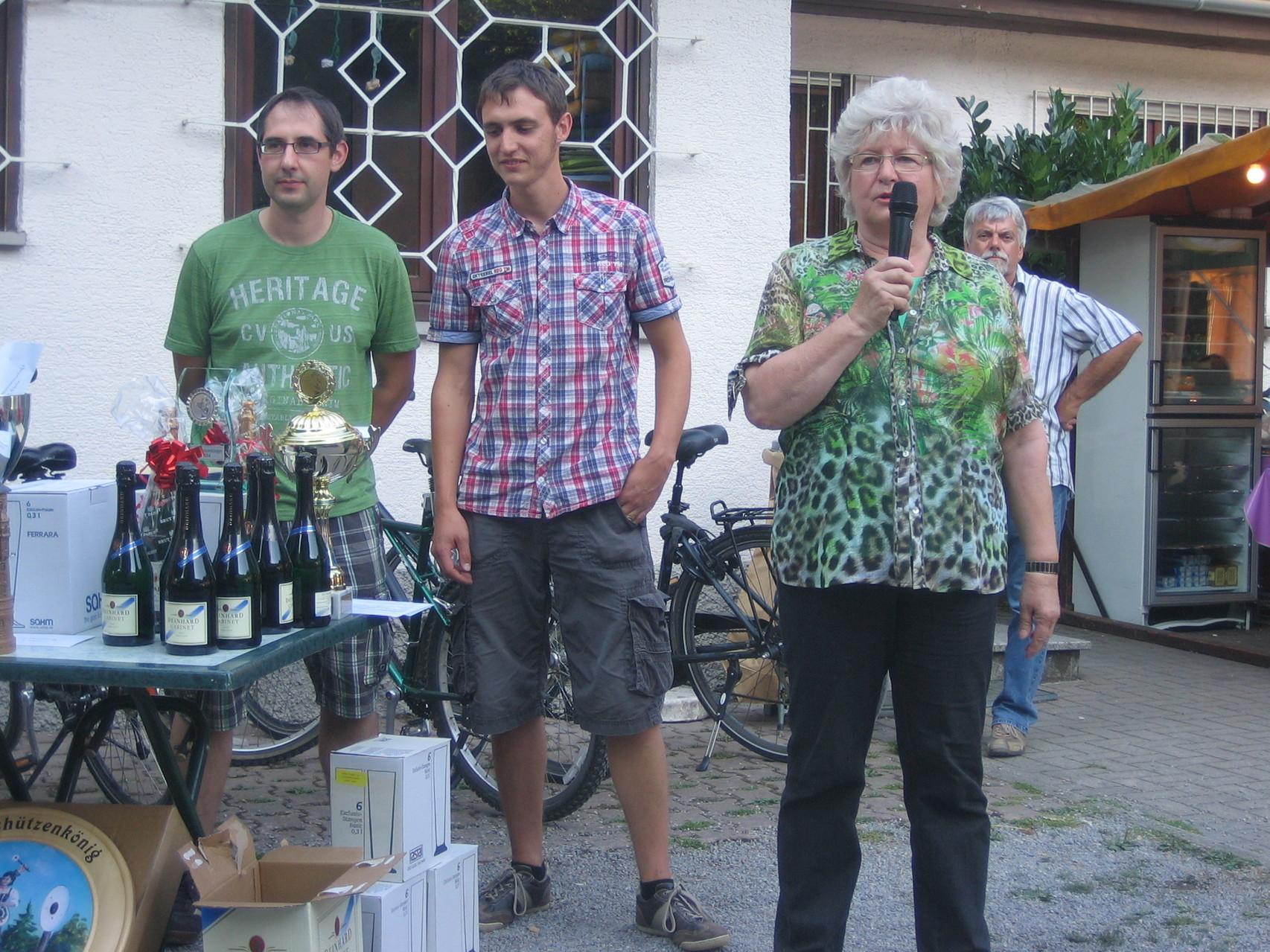 sowie die Bürgermeisterstellvertreterin Winfriede Fuchs