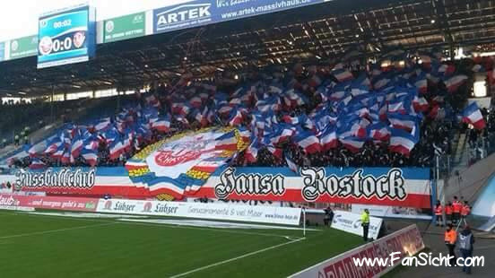 Choreo der Fans von Hansa Rostock. Fotografiert von S. (via Facebook).