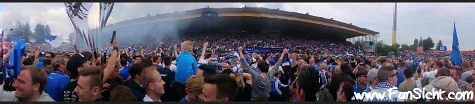 Aufstiegsfeier 2015. Foto: Sascha Cole (via Facebook).