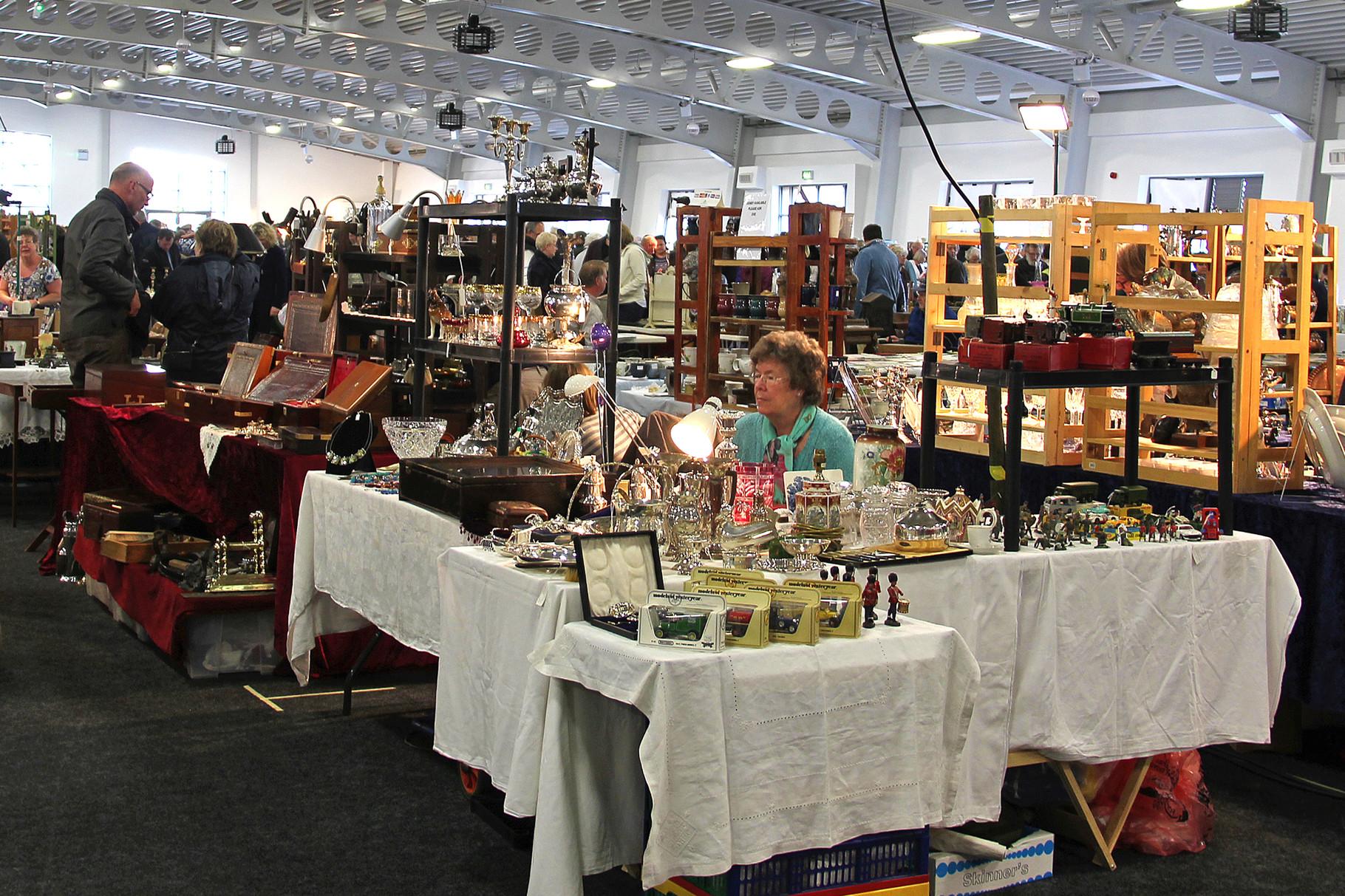Detling Antiques -Antiques market in Kent-
