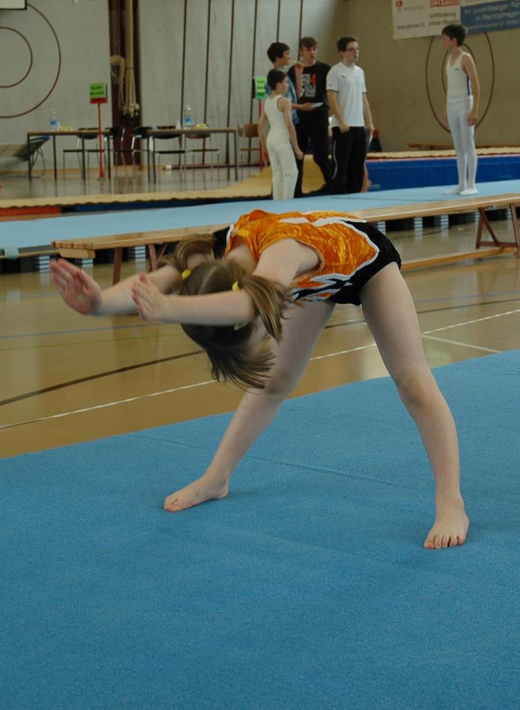 Tarja bei der Bodenübung
