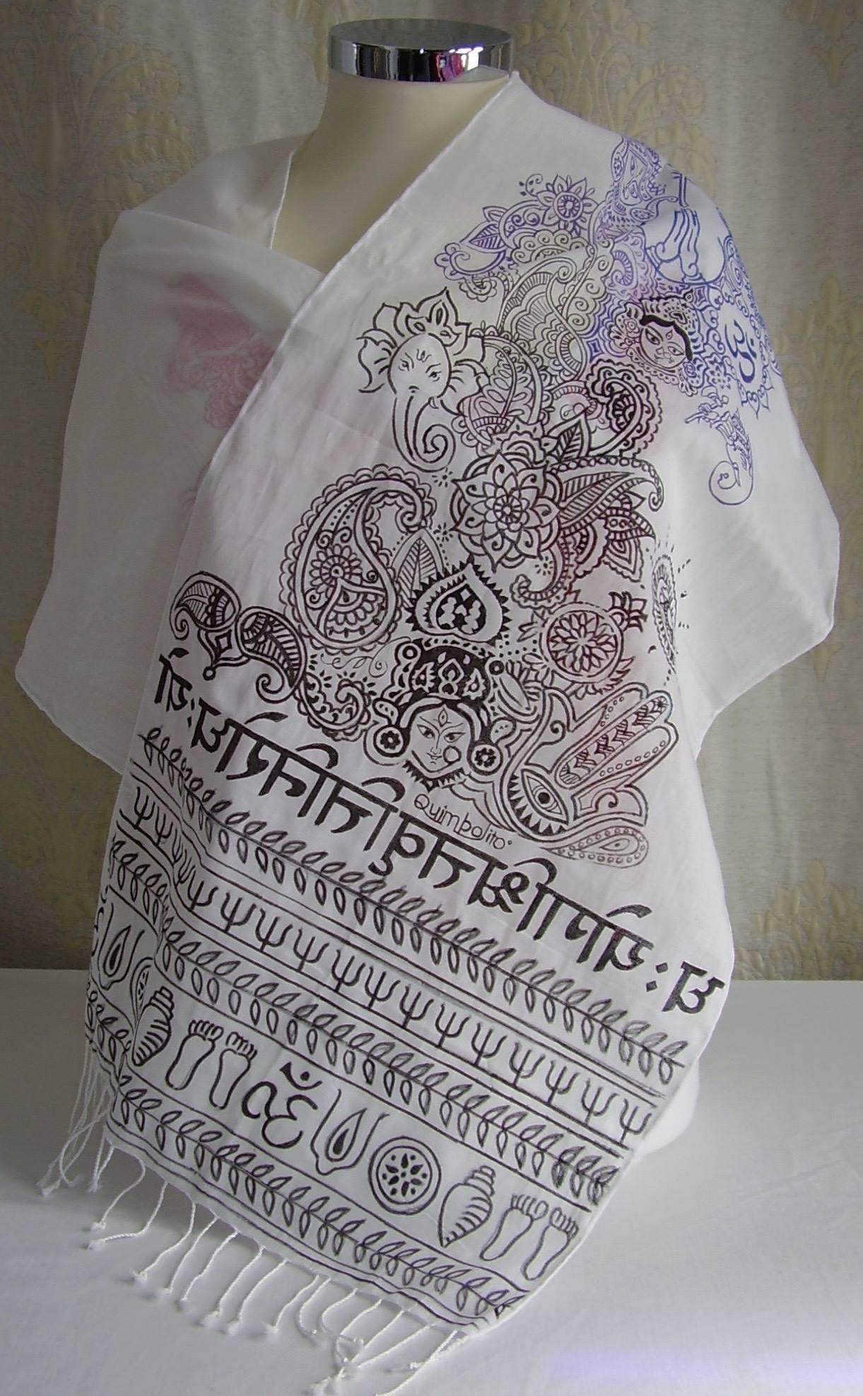 Handmatige decoratie op sjaals