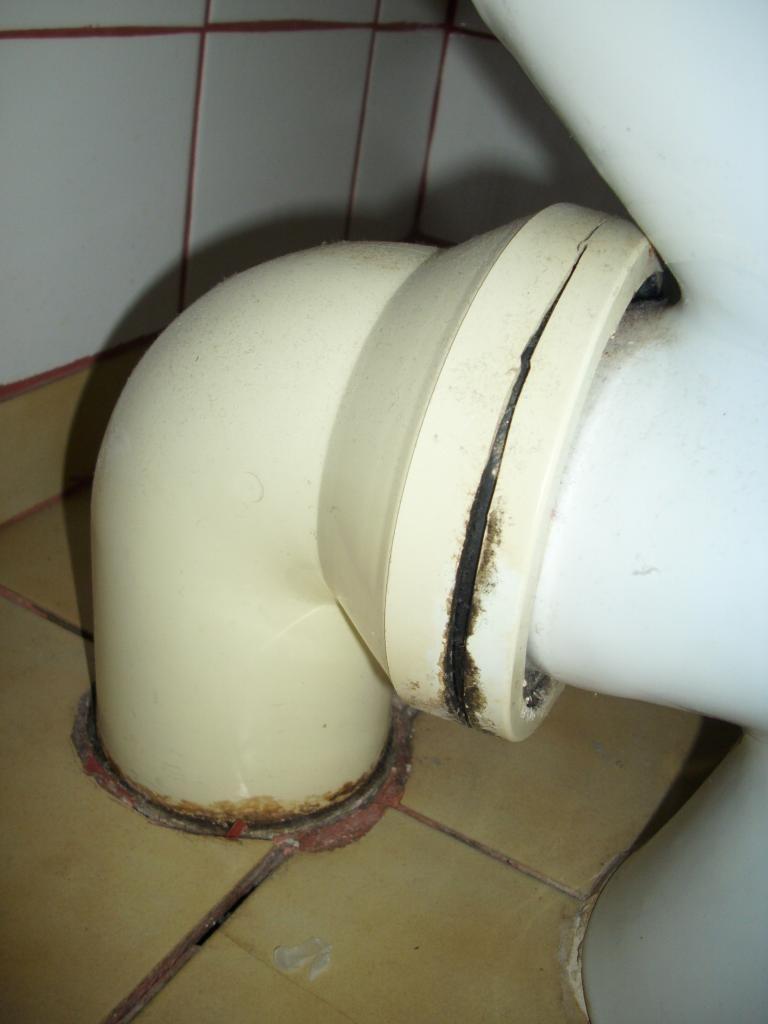 fuite d 39 eau plomberie chauffage d pannage vauvert marsillargues lunel aimargues et alentours. Black Bedroom Furniture Sets. Home Design Ideas