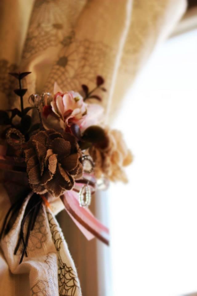 ①布花コサージュサンプルです タッセルなどにアレンジするのも素敵です♪