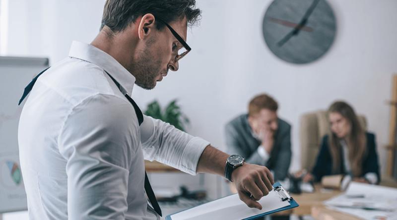 In 10 Stufen zur Work Life Balance: Die Pyramide des Zeitmanagements