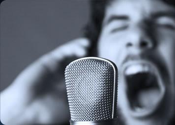 Forçage vocal ? Troubles du Chanteur/ Chanteur Lyrique ? Francis NYOCK, ostéopathe D.O. spécialiste de la voix ( à Lyon et à Albigny sur Sâone)