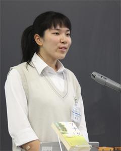 佐藤栞さん