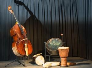 Instrumente Baß Percussion Djembe Djembassy