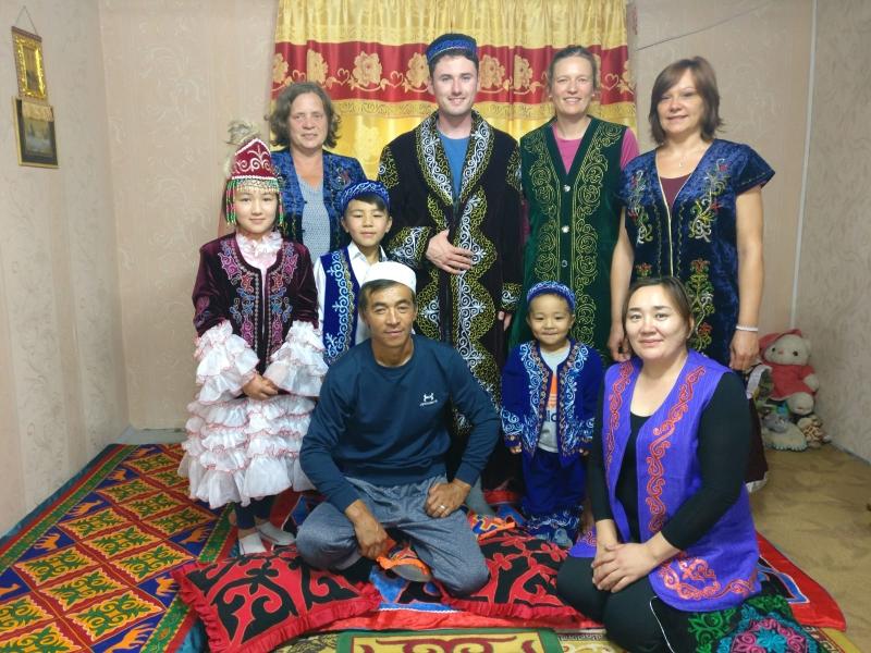 Die komplette kasachische Familie