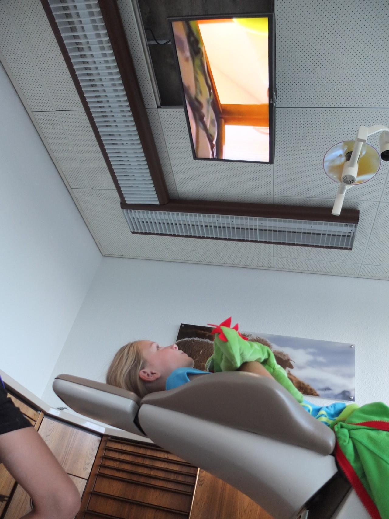 Fernsehen im Behandlungszimmer