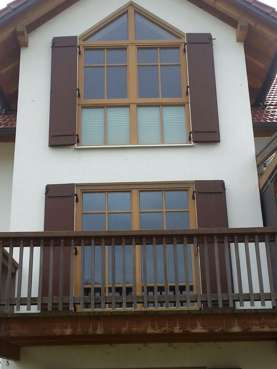 Fertig mit Alu verkleidete Fenster