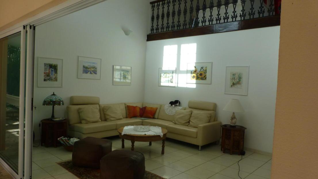 Haupthaus Wohnzimmer mit Sitzecke