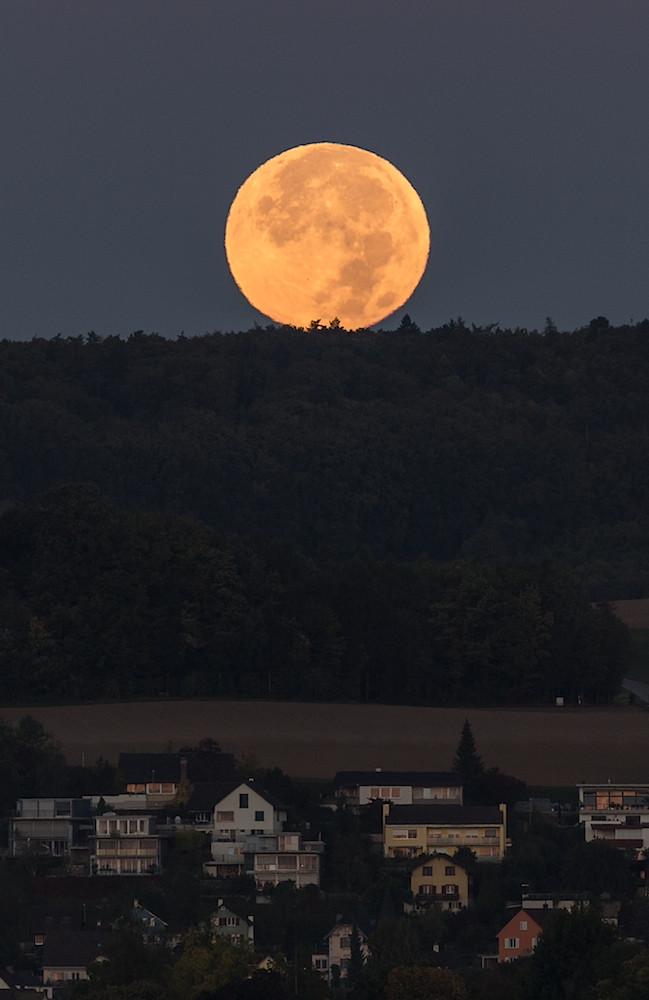VOLLMOND, Supermond, zuvor Blutmond vom 2015 09 28,  Schaffhausen, Schweiz (MP0351) © Michael Pfenning
