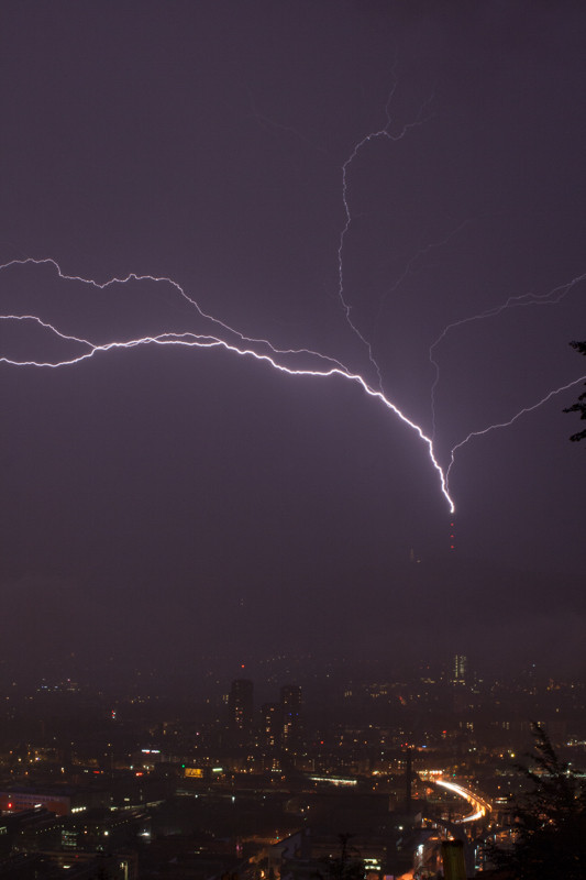 Gewitter/Blitzschlag in Uetlibergturm, Zürich, Schweiz, 2008 06 11 (MP0380) © Michael Pfenning