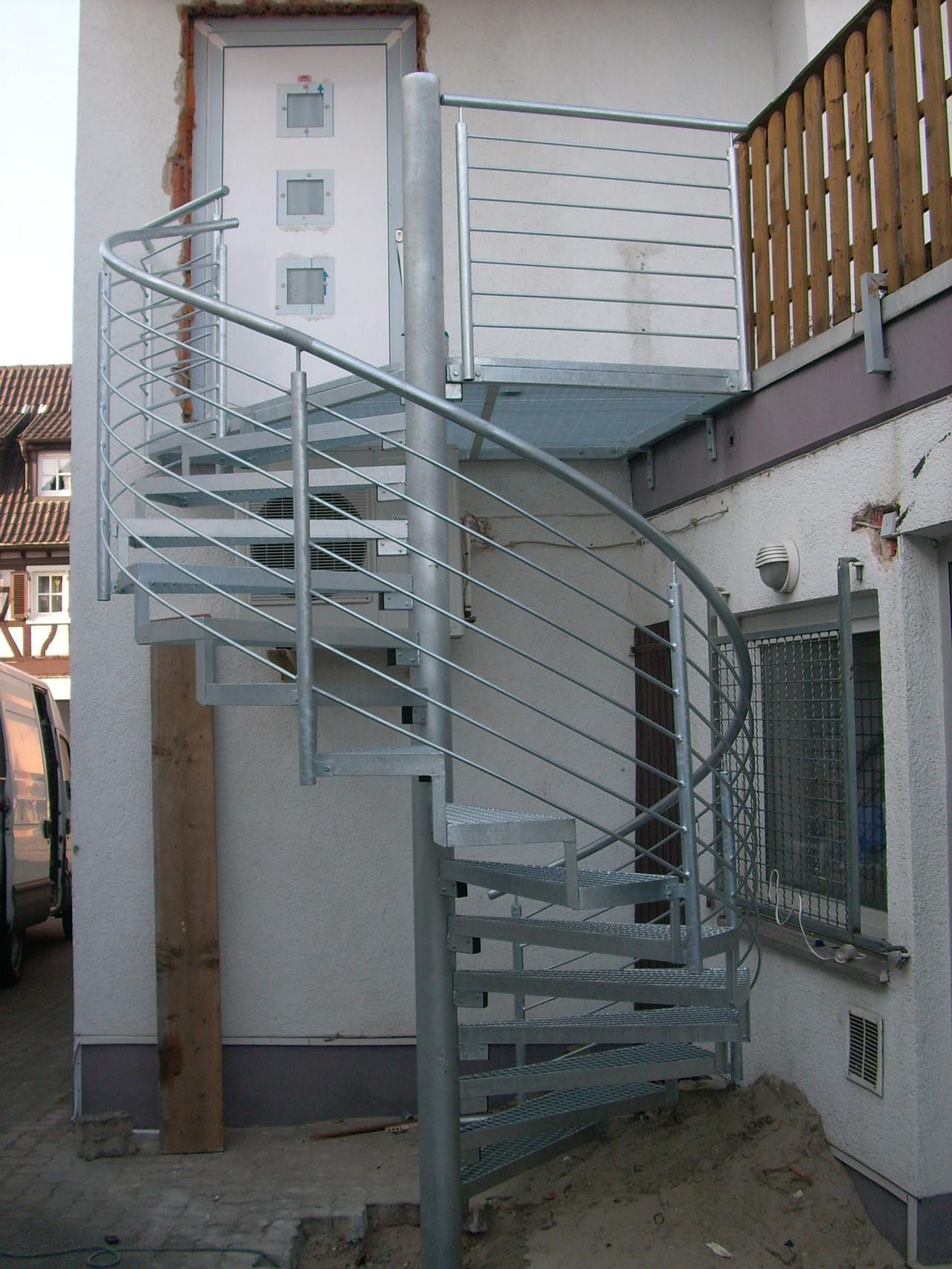 Spindeltreppe Außentreppe AT 101