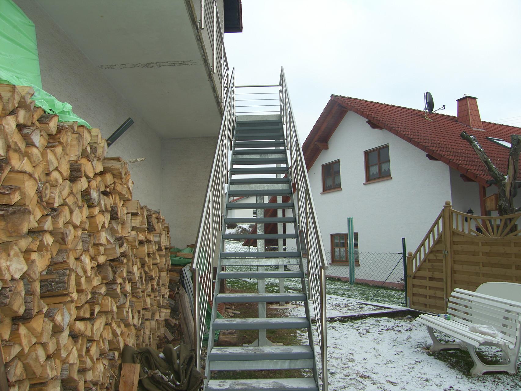 Außentreppe AT 145
