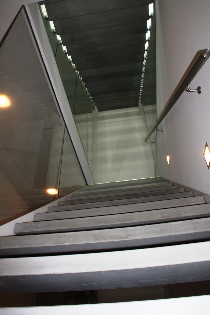 Blechwangentreppe Köln BW 240