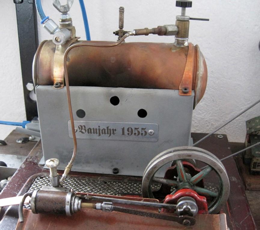 Dampfkessel und -maschine - Antrieb für