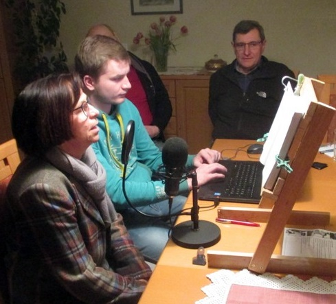 Helga Wittenfeld bei ersten Tonaufnahmen im März 2019, Stephan Böhne (Technik), Karl-Heinz Hucke (v.l.)