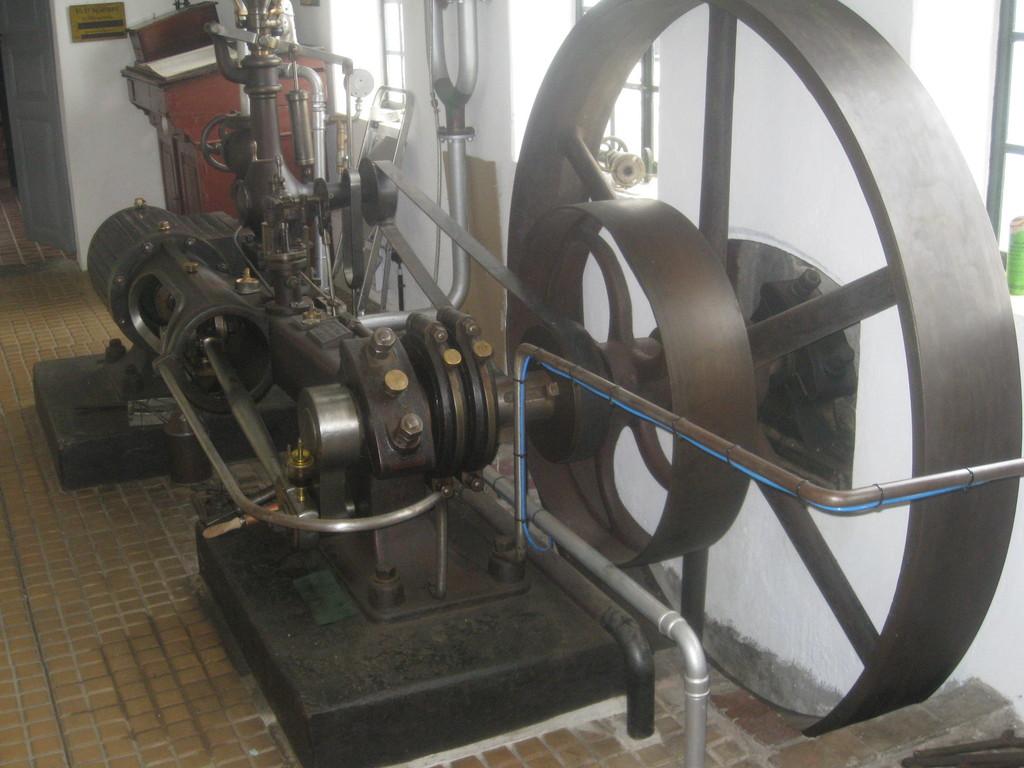 Dampfmaschine von 1895 mit 25 PS