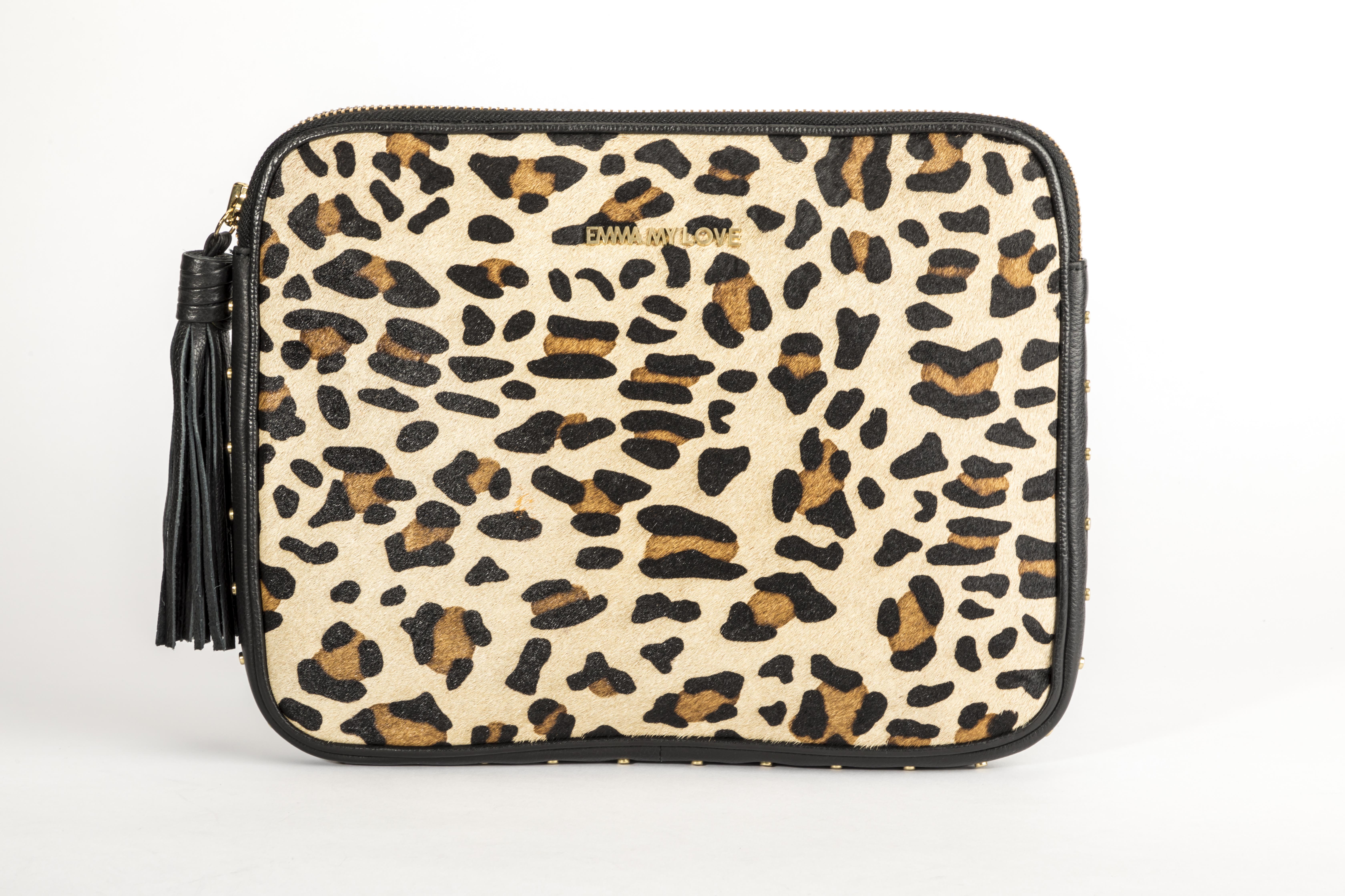 Laptop Tasche XL Clutch aus Leder im Leoparden Design von EMMA MY LOVE