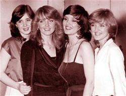 右端が5女バーニー