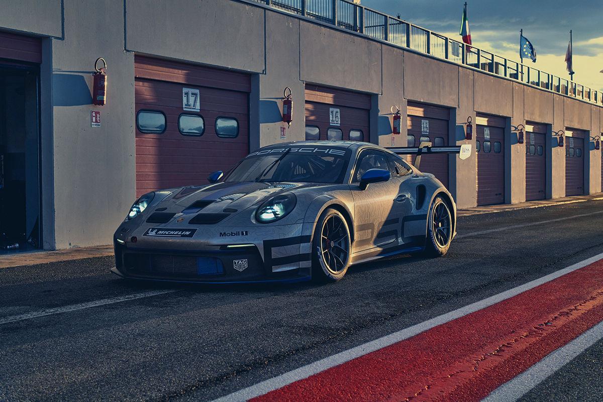 Julian Hanses geht in zweite Porsche-Saison: Rookie-Vizemeister möchte um Titel kämpfen