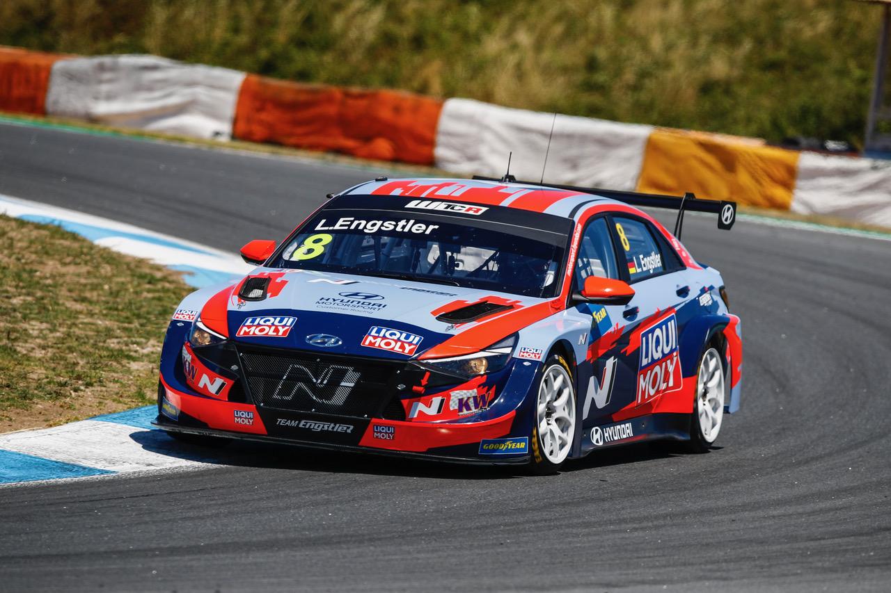 Engstler Hyundai N Liqui Moly Racing Team holt Podiumsplatz bei WTCR in Portugal