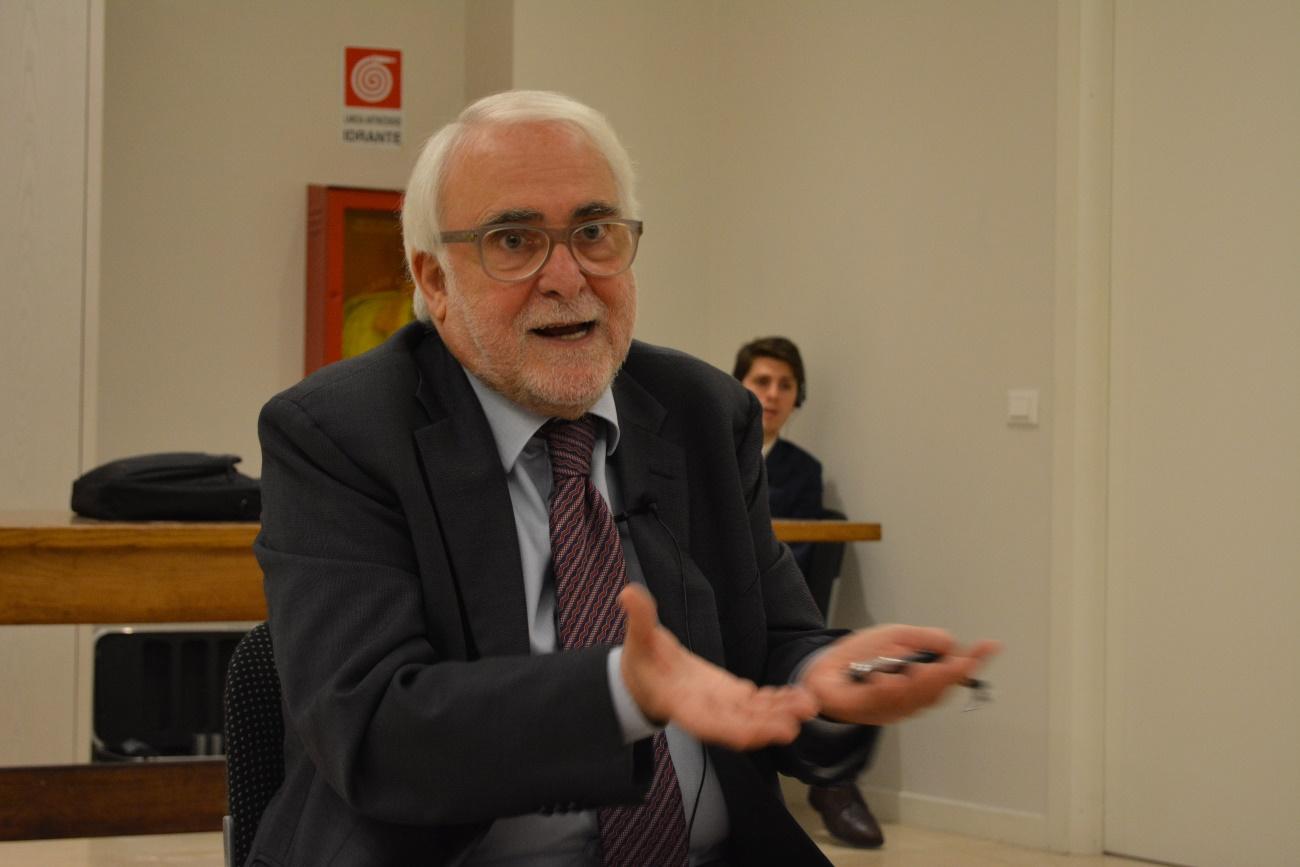 Mafia in Deutschland und Italien: Prof. Enzo Ciconte ist Mafia-Experte und gab Einblicke in die Struktur der ´Ndrangheta. (Foto: KAS-Stipendiaten)