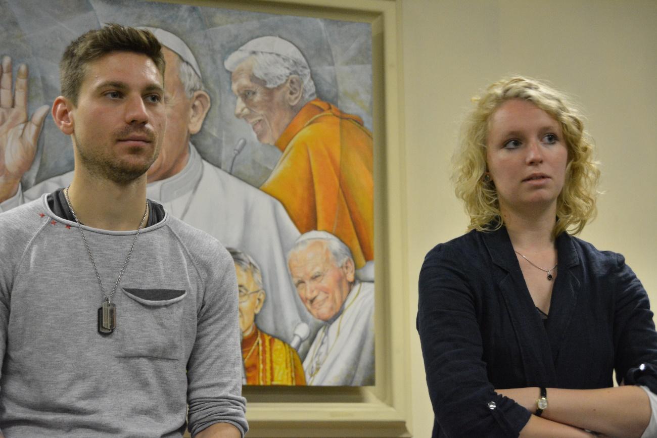 Seminarkritik: Thomas und Johanna bei der Abschlussrunde des gelungenen Seminars. (Foto: KAS-Stipendiaten)