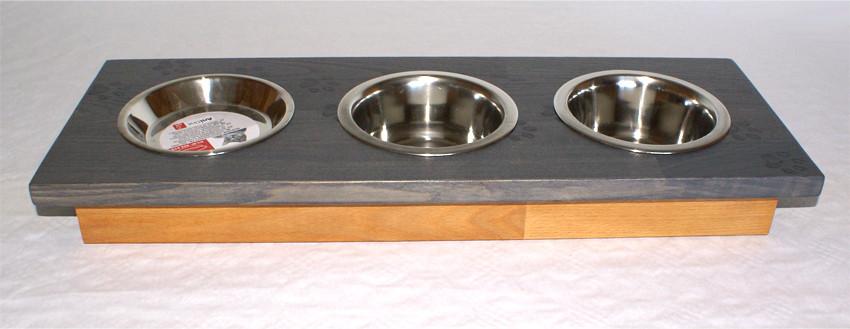 Futterbar mit 3 Näpfen 60 x 20 cm