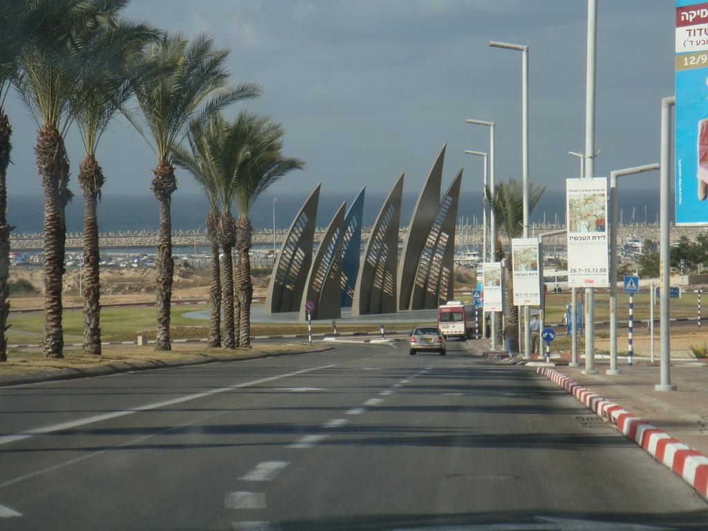 De la station centrale de bus vers la marina