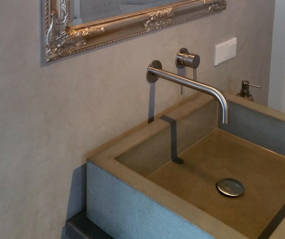 Fugenloses Badezimmer Hochwertige Malerarbeiten