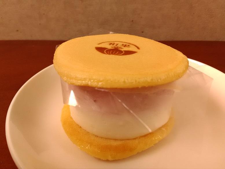 和かろん。専門店 和果 堺店さんの堺店限定「ストロベリーチーズクリーム」