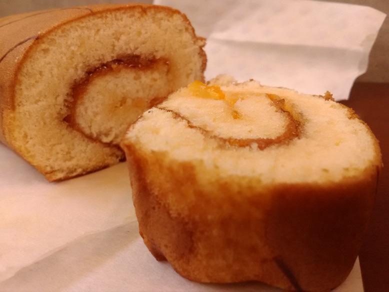 株式会社ベルのkobeBelle(神戸ベル)さんの「ジューシーマーマレードロール &手製マーブルケーキ」