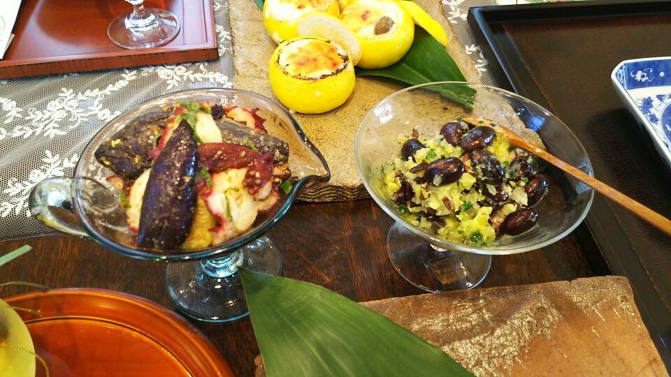 揚げ茄子とタコのピリ辛ソース、黒豆のオリーヴマリネ